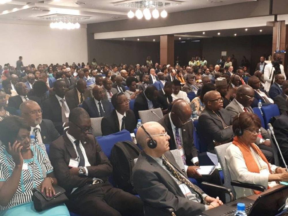 le gabon port 233 224 la pr 233 sidence de la conf 233 rence minist 233 rielle africaine sur l environnement