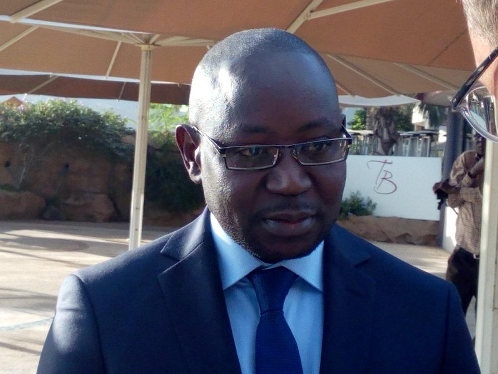 Gambie le ministre de l int rieur limog for Le ministre de l interieur